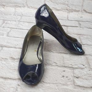 Bandolino Women's Peeptoe Wedge Patent Navy Heels